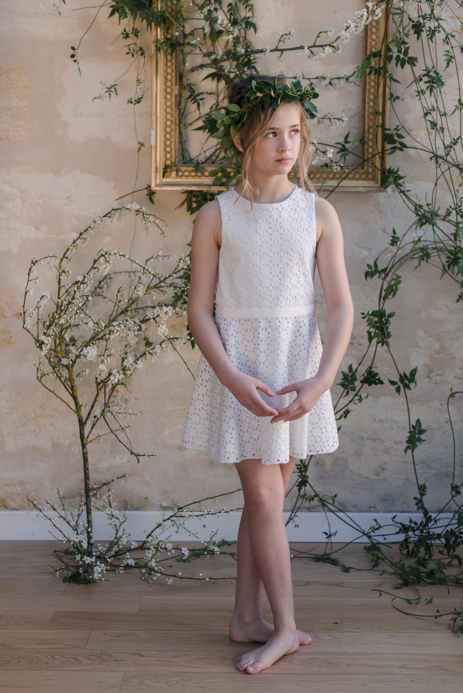 abbac8c3841d0 robe ceremonie enfant tenue de cortege jolie robe enfant mariage robe sur  mesure