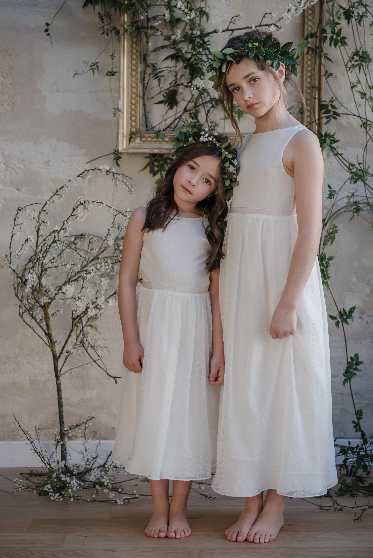 92040bc5b0bd3 robe ceremonie enfant tenue de cortege jolie robe enfant mariage robe sur  mesure