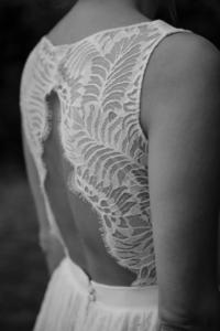 dos mythiques elise Martimort robes de mariee sur mesure
