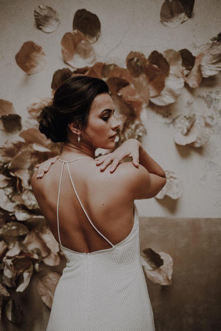 robe de mariee sur mesure 2020 couture volume droit soie velours losanges bretelles fente dos nu