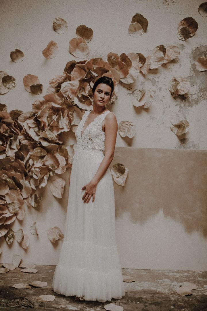 robe de mariee sur mesure 2020 couture tulle souple volants tulle fronce vaporeuse dos nu dentelle decollete