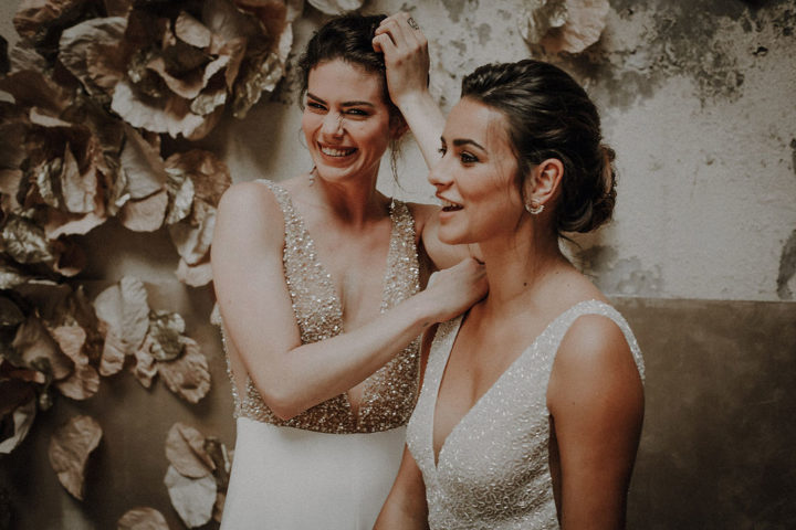 robe de mariee sur mesure 2020 couture crepe de soie broderie main perles ados nu decollete profond transparence robe en perle