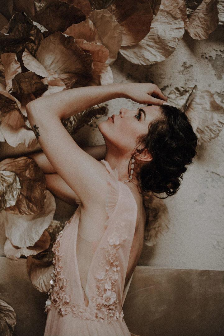 robe de mariee sur mesure 2020 robe en perle robe de mariee rose broderie main luxe robe plissee couture tulle souple