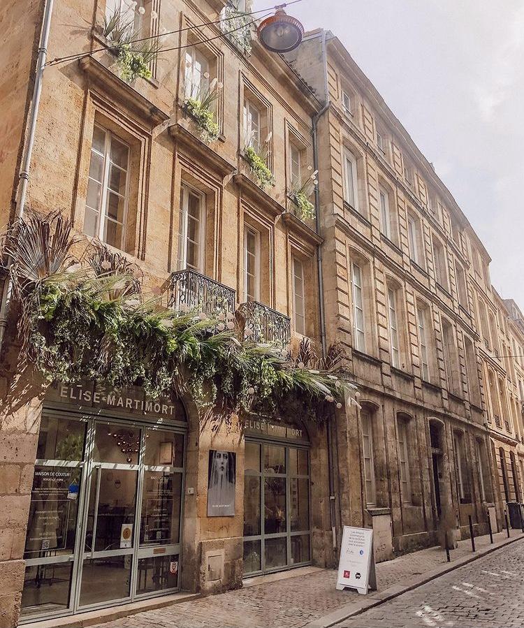 Devanture Maison Elise Martimort facade vegetalisee