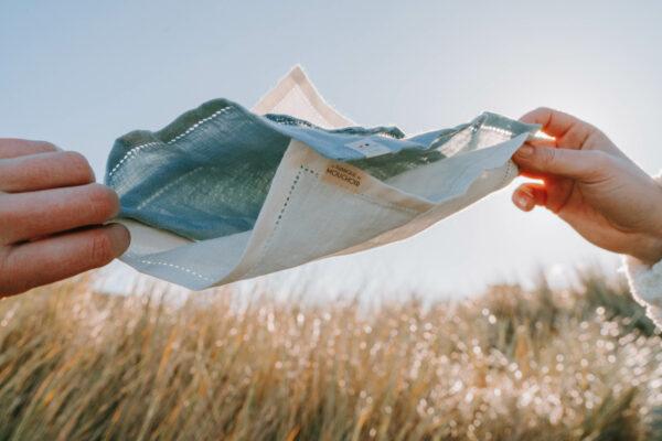 La fabrique du mouchoir lin made in france duo mouchoirs en tissu élégant sobre et doux