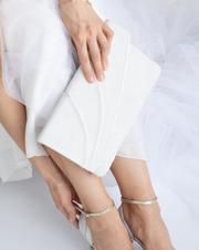 Pochette sabine ivory Rachel Simpson mariage Elise Martimort
