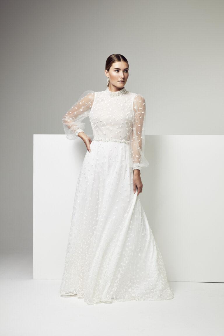 robe de mariée en plumeti et en crepe de soie blanc